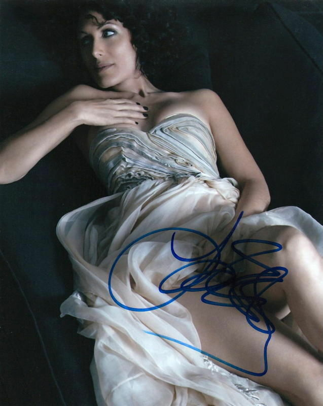 LISA EDELSTEIN.. Simply Stunning (House M.D.) SIGNED