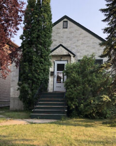 House for rent in U of A area & whyte ave. 109st-71ave