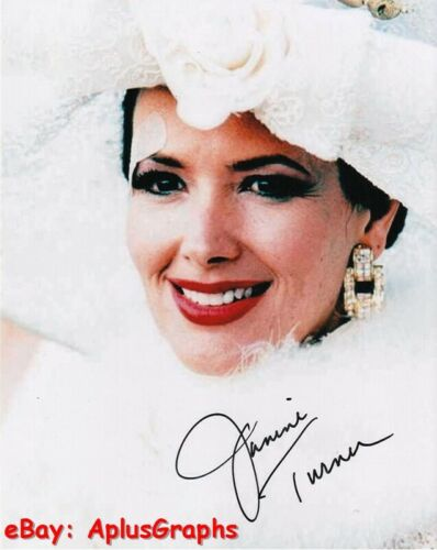 JANINE TURNER.. Alluring Actress - SIGNED
