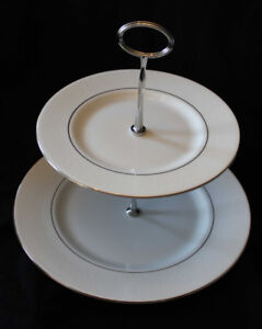 ROYAL DOULTON - LACE POINT - 2 TIER CAKE STAND