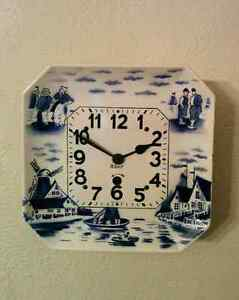 Delft Porcelain Wall Plate Clock 8-day WORKING Blue & White Vint