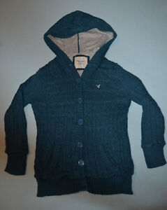 American Eagle Sweaters and Shirts Windsor Region Ontario image 1