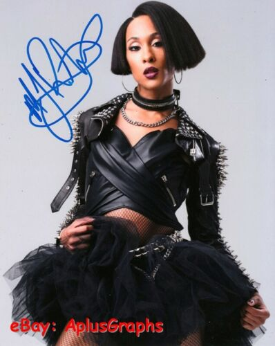 MJ RODRIGUEZ.. Simply Stunning (Pose) SIGNED
