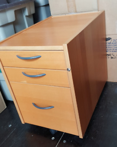 Filing Cabinet - 3 drawers!