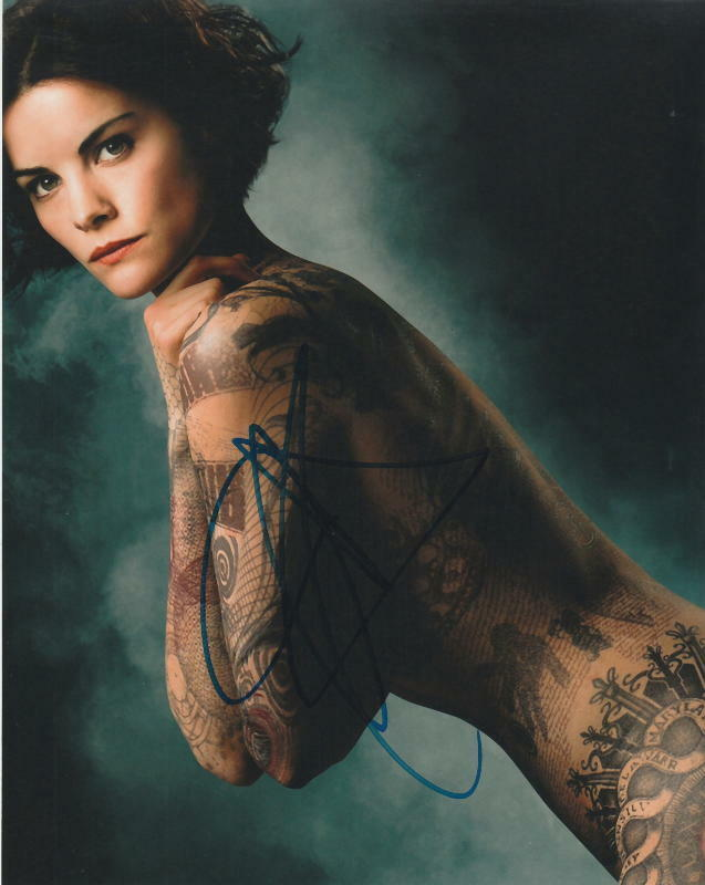 JAIMIE ALEXANDER.. Tattooed Temptress (Blindspot) SIGNED
