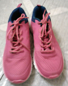 Women's Running Shoes Size 6 and 8