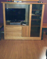 Solid Oak Entertainment Stand