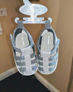 Baby/Toddler Sandals  (NEW)