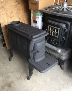 Antique Old and Small Wood Stoves  Woodstoves T
