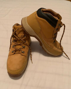 Timberland shoes size US 9