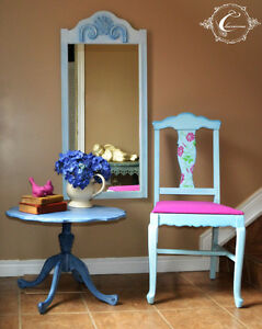 Set  of Table/Chair/Mirror