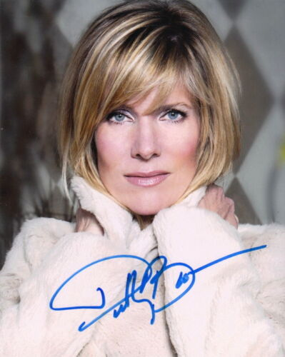 DEBBY BOONE.. You Light Up My Life Singer - SIGNED