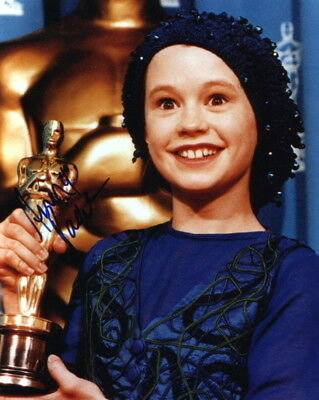 Anna Paquin   With Her Academy Award   Signed