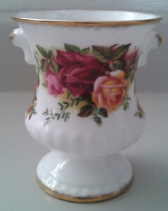 "Royal Albert Bone China "" Old Country Roses"" Urn"
