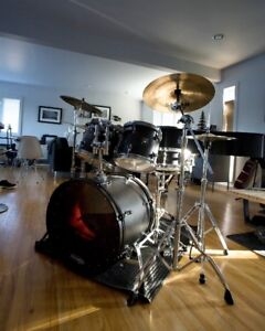 Sonor Sonic Plus II Drumkit with Cymbals & Hardware