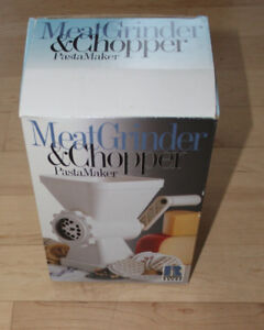 Like NEW manual meat grinder, chopper, pasta maker