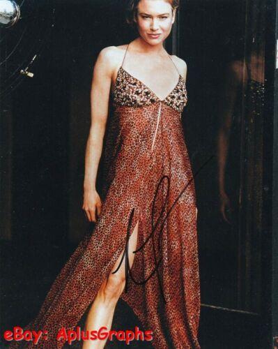 RENEE ZELLWEGER.. Sexy Stunner - SIGNED