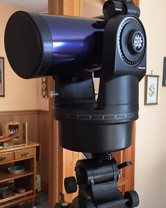 Meade ETX Astro Telescope with field tripod