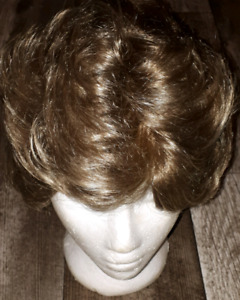 Paula Young Wigs - excellent condition
