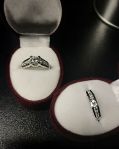Brand New Ladies Engagement Ring & Wedding Band