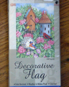 """New In Package ** Garden Flag 25.5""""x38"""" - HOUSE CALL **"""