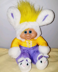 Retro Kyklos Plush Troll
