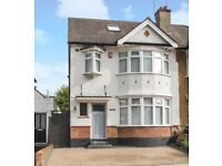 5 bedroom house in Wentworth Avenue, FINCHLEY, N31