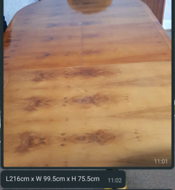 Antique elegant strong wooden extendable dining table with 6 chairs
