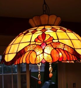 Tiffany-Style Victorian 3-Light Inverted Ceiling Pendant - $60