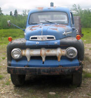 1952 FORD F-6 BIG JOB TRUCK WITH DUMP BODY