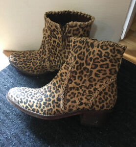 Women's Brown Leopard Leather Boots