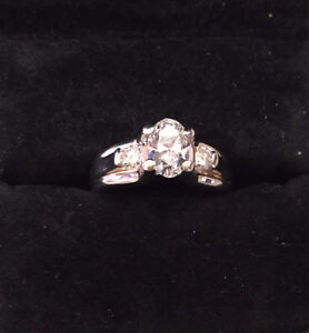 Gorgeous oval cut diamond engagement ring