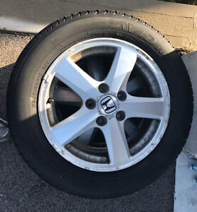 Yokohama P205/60R/16 set of 4 less than 3000kms