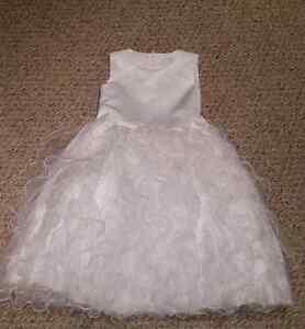 Flower girl dress, size 5/6