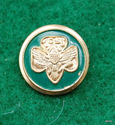 VINTAGE GIRL SCOUT - 1960 GIRL SCOUT FRIENDSHIP PIN