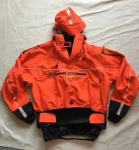 KAYAK JACKET Bomber Gear (women's) with dry pockets