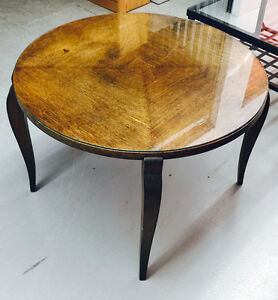 Coffee tables: 2 to choose from