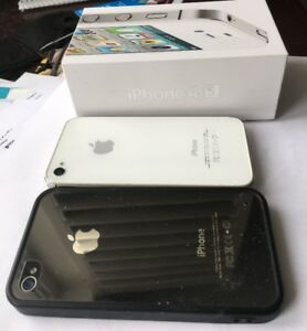 Apple iphone 4s black or white