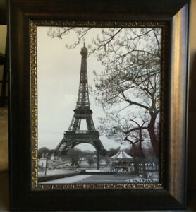 FRAMED PARIS PICTURE