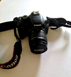 Canon E0S Rebel T2i excellent condition