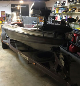 1999 Stratos Fishing boat, motor, trailer.