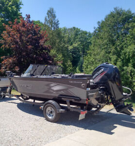 2015 Legand Xtreme boat. 115 EFI 4s mercury engine for sale