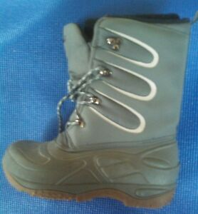 LL Bean Winter Boots - size 6  See Note **