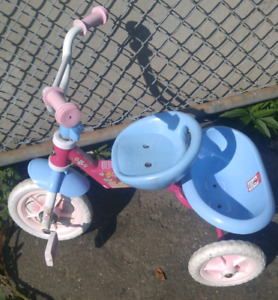 Huffy, Kids tricycle. Folds. Adjustable Seat. $25