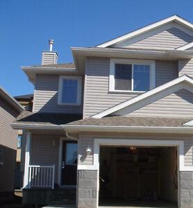 3 bdrm Magrath Heights Duplex for rent