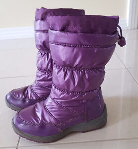 Osh Kosh Size 11 Girls Winter Boot Strathcona County Edmonton Area image 1