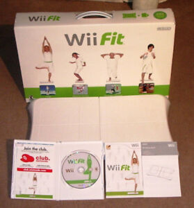 BOXED Wii FIT BALANCE BOARD and Wii FIT GAME and Wii GAMES