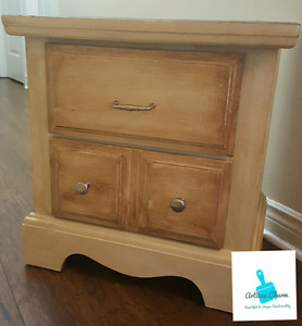 Sweet Side Table with two drawers