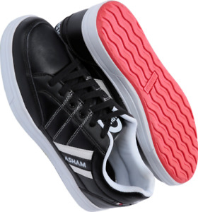 WANTED TO BUY JUNIOR SIZE 4 CURLNG SHOES