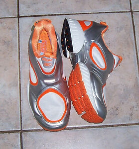 Reebok Pump 2.0 DMX Shoes in Shear Silver White and Orange London Ontario image 2